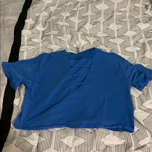 Crop t-shirt with v cut out